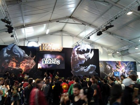 "Padiglione Games -  ""League of Legends"""